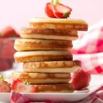 Eierkuchen ohne Mehl nach Pancake-Art mit Obst