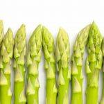 Roher grüner Spargel