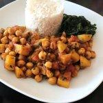 Curry mit Kichererbsen und Kartoffel