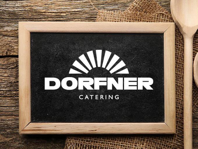 Dorfner Catering Logo auf Tafel