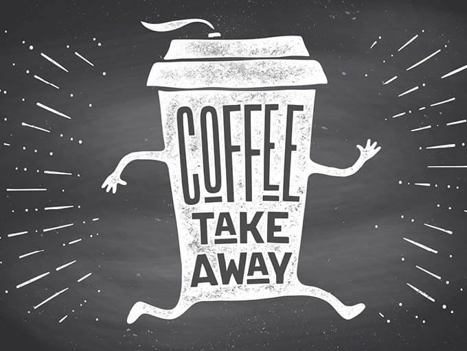 To Go Kaffeebecher, gezeichnet auf Tafelhintergrund