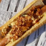 Selfmade Hot Dog mit Sauerkraut Relish
