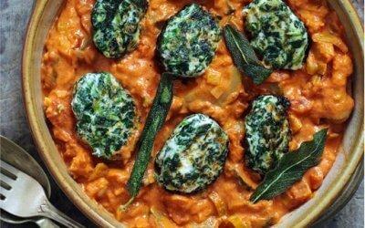 Ricotta-Spinat-Gnocchi in Tomaten-Frischkäse-Soße